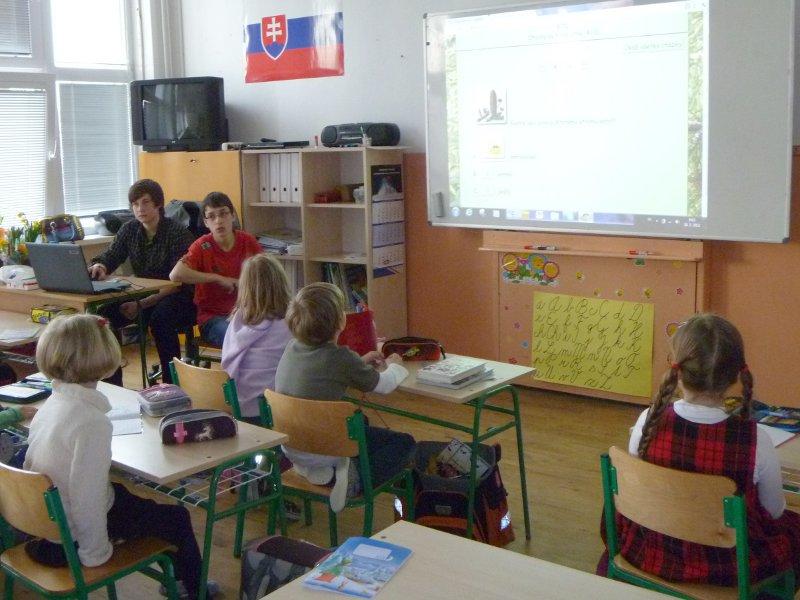 den-ucitelov-12-090_20120331_1891596169.jpg